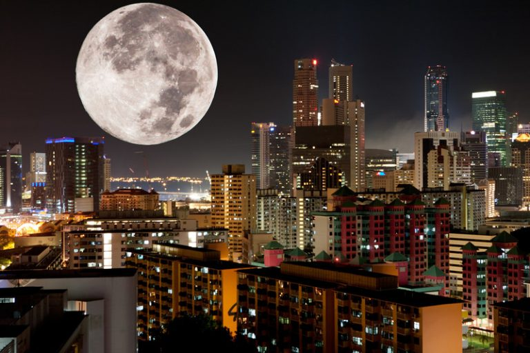 It's a Full Moon Tonight